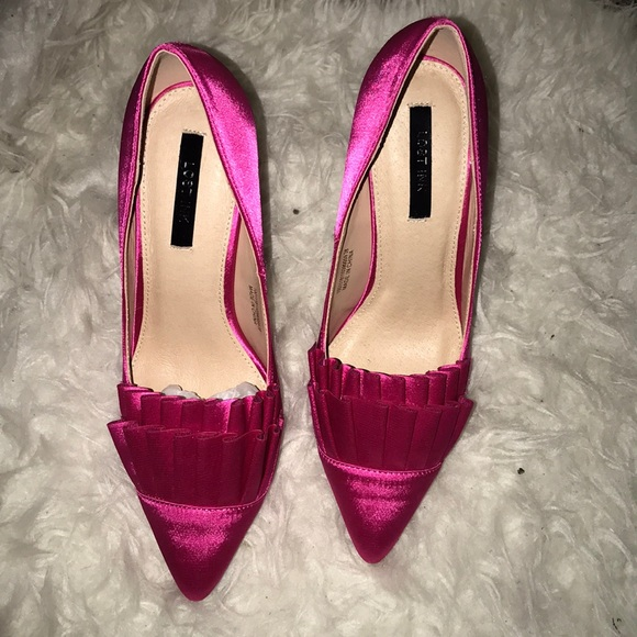 lost ink Shoes - Hot pink heels